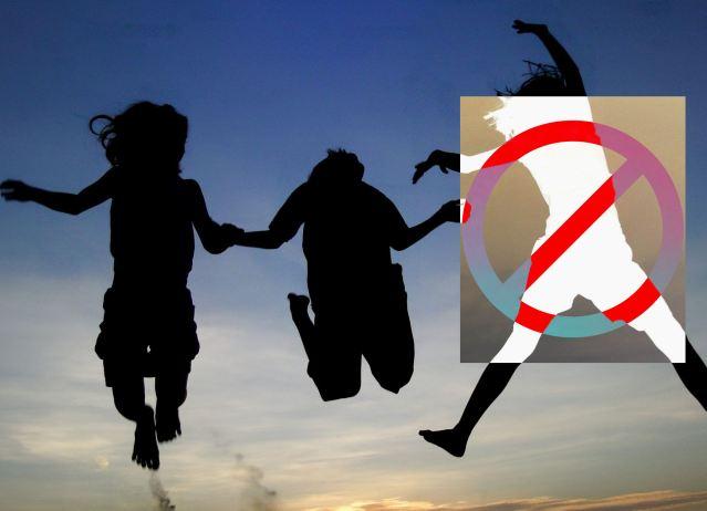 Children-Jump-Silhouette-2048x2048